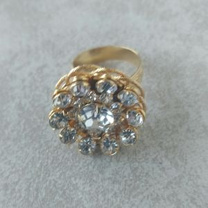 Vintage Chunky Clear Rhinestones Gold Tone Ring